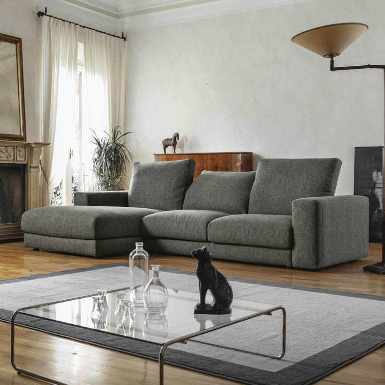 Emejing poltrone e sofa divani angolari contemporary for Sofa poltrone e divani