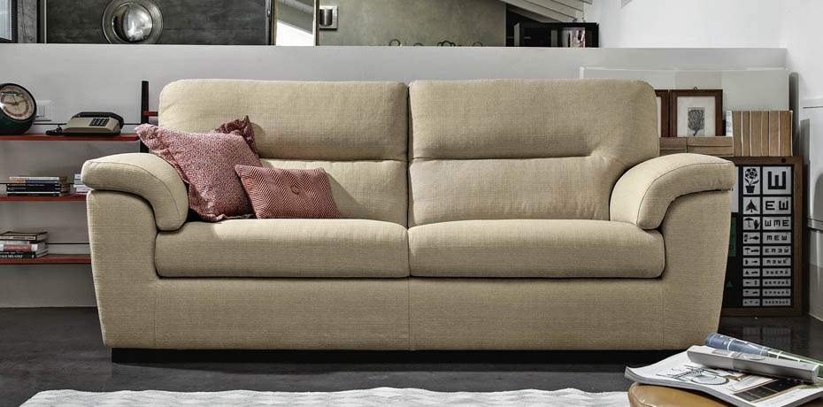 Divani e sofa emejing sofa e images skilifts us thesofa for Sofa poltrone e divani