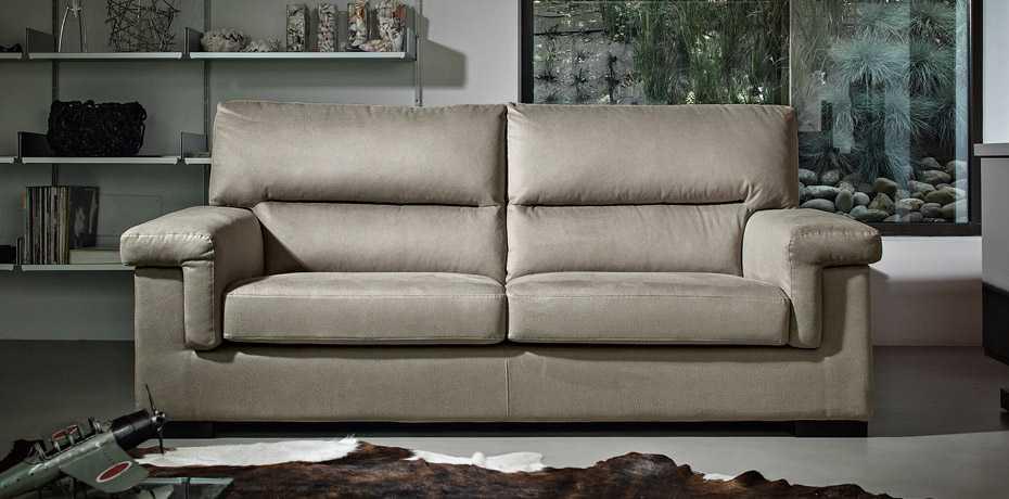 poltrone e sofa prati fiscali roma orari refil sofa. Black Bedroom Furniture Sets. Home Design Ideas