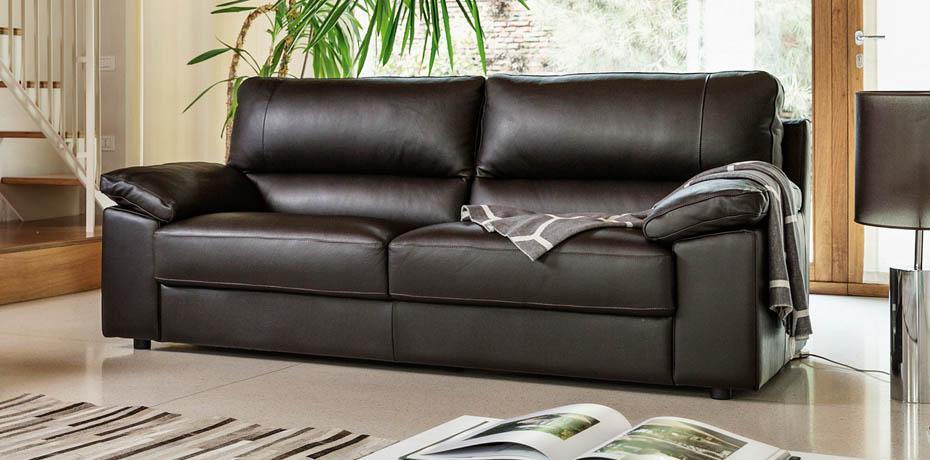 Poltrone e sofa roma offerte simple poltrone e sofa for Poltrone e sofa offerte