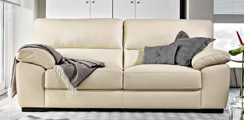 Poltrone e sofa avis maison design for Poltrone e sofa contatti