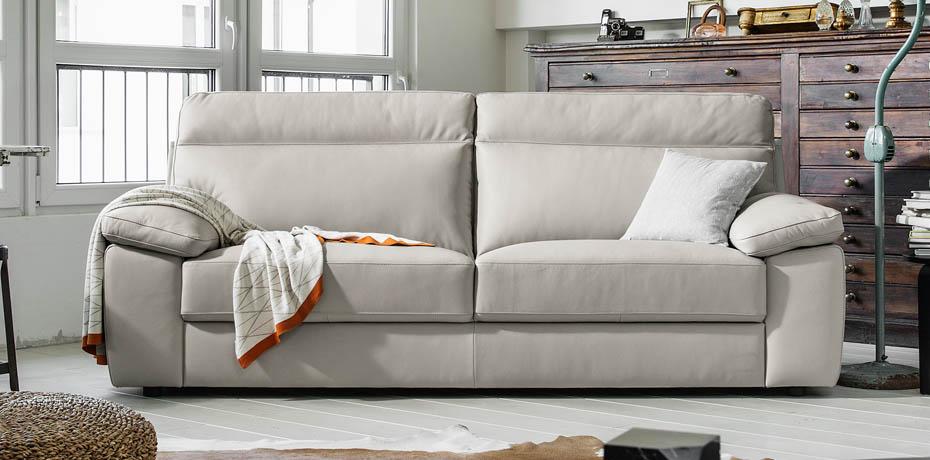 Poltrone e sofa roma for Poltrone e sofa valdena