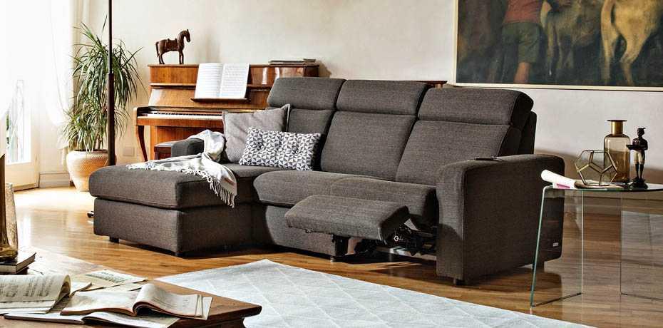 poltronesof divani. Black Bedroom Furniture Sets. Home Design Ideas