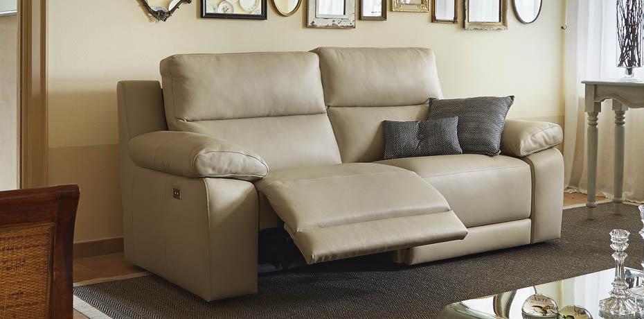 canape cuir meridienne trendy beau canap duangle mridienne canaps cuir haut de gamme pas cher. Black Bedroom Furniture Sets. Home Design Ideas